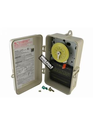 Intermatic T104P3 24-Hour Mechanical Time Switch in Enclosure