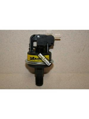Pentair 473605 Water Pressure Switch For Model 200; 250; 300; 400 MiniMax(R) NT STD; ThermalFlo(R) Titanium Heat Pump